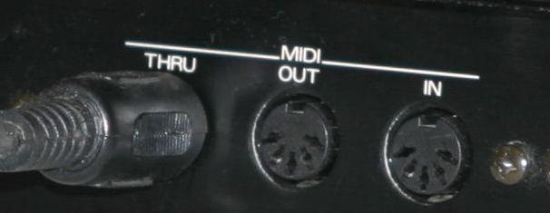 Conectores MIDI de una tarjeta de sonido